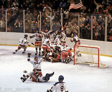 1980 OLYMPIC USA HOCKEY GOLD MEDAL TEAM MIRACLE ON ICE 8x10 PHOTO