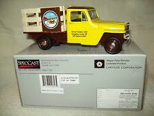 LIBERTY CLASSICS 1953 WILLYS JEEP TIP-UP TOWN USA STAKEBED TRUCK BANK, MIB