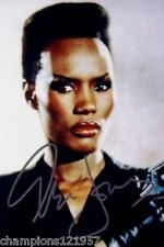 Grace Jones ++Autogramm++ ++James Bond Girl 80er Jahre+