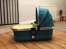 ICANDY SWEET PEA CARRYCOT WITH HOOD AND APRON IMMACULATE CONDITION