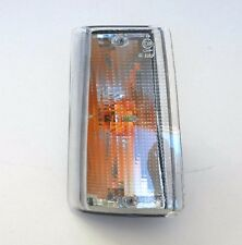 IVECO DAILY 90-98 O/S FRONT RIGHT DRIVER INDICATOR LIGHT + BULB HOLDER - CLEAR