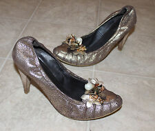 Nine West Gold/Brown Leather Heels Shoes Pumps Sz: 8.5 with Flowers, bell deco