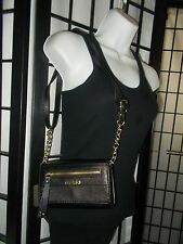 Guess crossbody Purse  NWT