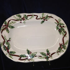 """CHARTER CLUB WINTER GARLAND 14 1/8"""" OVAL PLATTER RED RIBBONS BERRIES HOLLY"""