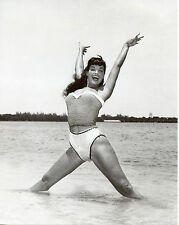 Bettie Betty Page Leggy 8x10 photo T4237