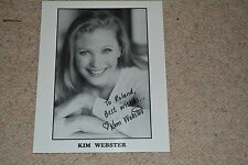 KIM WEBSTER signed Autogramm  20x25 cm THE WEST WING Ginger