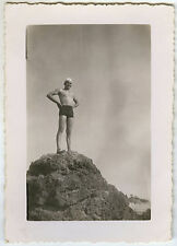 PHOTO ANCIENNE - VINTAGE SNAPSHOT - HOMME MER GAY SLIP MAILLOT DE BAIN - MAN SEA