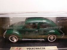 1/18 MAISTO SPECIAL EDITION 1951 VOLKSWAGEN EXPORT SEDAN DARK GREEN  bd