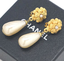 CHANEL Camellia Flower Pearl Dangle Earrings Gold Clips Vintage 93A w/BOX #722