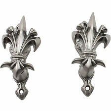 Set of 2 Fleur de Lis Gun Sword Knife Weapon Wall Mount Display Holders Hangers