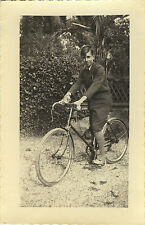PHOTO ANCIENNE - VINTAGE SNAPSHOT - VÉLO BICYCLETTE CYCLISTE MODE - BIKE FASHION
