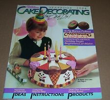 1984 WILTON CAKE DECORATING YEARBOOK BOOK VINTAGE PRE-OWNED PATTERNS IDEAS