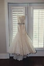 Enzoani Dakota Sweetheart Ivory Lace Wedding Dress