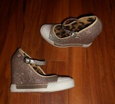 ROCK & CANDY GOLD LUXE LADIES NEW GOLD WEDGE MARY JANE SHOES: UK SIZE 2.5 (34.5)