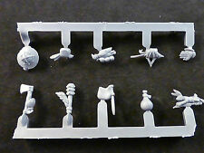 Bretonnian men-at-arms cinturón Armas + Accesorios (10)