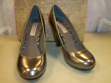 American Rag cie New Womens Percy Pewter Classic Heels 8.5 M Shoes