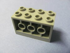 LEGO 6061 @@ Brick, Modified 2 x 4 x 2 with Holes on Sides  (x1) @@ GREY @@ GRIS