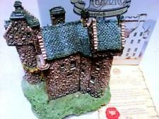 "Lilliput Lane Cottage ""Claypotts Castle"" In Box, Retired, with Deed"