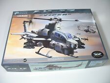 "Kitty Hawk 1/48 80125 AH-1Z ""Viper"""