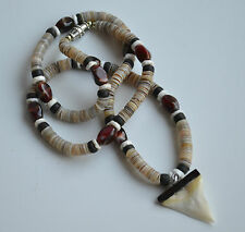 VINTAGE SOUTHWEST NECKLACE OYSTER SHELL HEISHI & GEMSTONE & fish tooth SURFER