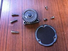 Ölpumpe + Ölsieb Oilpump bomba de aceite vom Getriebe Suzuki GSX 400 E ES GK53C