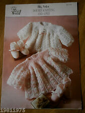 VINTAGE KNITTING PATTERN KING COLE 712 DK 4PLY BABYS ANGEL TOP & BOOTEES