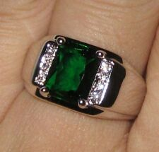 Size 9 COOL Solitaire Style Mens 925 Silver Square Green Emerald Band Gem Ring