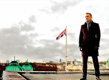 PHOTO DANIEL CRAIG JAMES BOND SUR LE TOIT  SKYFALL  FIN DU FILM - 11X15 CM  # 7