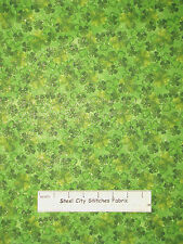 St Patricks Day 4 Leaf Clover Cotton Fabric Traditions Gold Glitter By The Yard