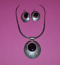 MEXICO DESIGNER STERLING SILVER AND ONYX HAMMERED NECKLACE AND EARRINGS