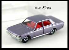 TOMICA TOYOTA CROWN 1/65 MADE IN JAPAN TOMY DIECAST CAR 3 4