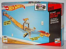 Hot Wheels Wall Tracks Side-By-Side Raceway Trackset - NEW SLIGHTLY DAMAGED BOX