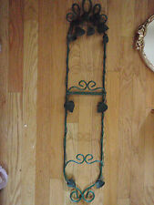 Wall decor Plate holder decorated 2 plate holder green wire with strawberries