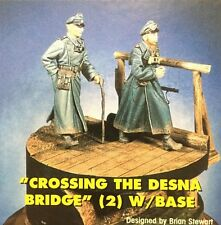 "Jaguar Models 1/35 ""Crossing the Desna Bridge"" (2 resin figures & base) - 63062"