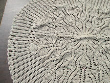 Tablecloth Vintage Crochet Round Pineapple Hand Made Ecru Off-White Large Doiley