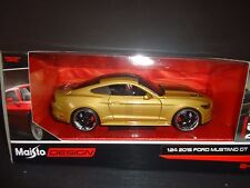 Maisto Ford Mustang GT 2015 Gold with Black stripes 1/24