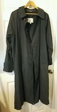 London Fog Mens Trench coat W/Buttoned Out Lining and belt Sz 38 reg EXCELLENT