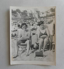 c1950 B/W Photograph. Handsome (M/F) Couple in Deckchairs. Kiss-me-Quick Hats