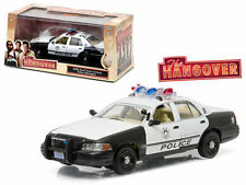 """2000 FORD CROWN VICTORIA POLICE INTERCEPTOR """"THE HANGOVER"""" 1/43 GREENLIGHT 86506"""