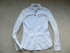 GUCCI White Sliver Chain Neck Fitted Shirt Frida Giannini Era
