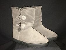 NWOB DREAM PAIRS Women's Grey VEGAN Heavy Furry Lined Boot 'BYTE-6A' Style Sz 10