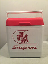 SNAP-ON COOLER ICE CHEST - GOTT USA MODEL 1818