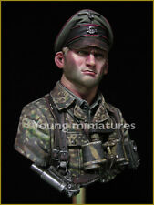 Young Miniatures German Officer 1944 WW2 1/10th Bust YM1831 kit