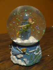 Disney Enesco Peter Pan Flying Over Cloud Clock Tower Neverland Music Snow Globe