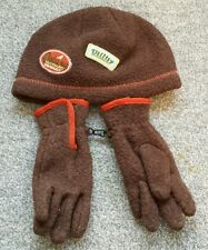 Mini Boden boys in size S. Brown Skate patches hat and gloves. Brand new.