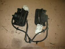 92-95 Honda Civic OEM front brake calipers with brackets Ex with ABS x2