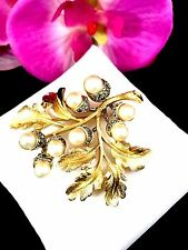 RARE 1960'S CROWN TRIFARI MIXED METAL FAUX PEARL RHINESTONE BRANCH ACORN BROOCH