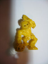 MATCHBOX panini Monster In My Pocket  n° 47 SKELETON Squelette yellow jaune