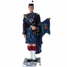 Scottish Figurine - Military Argyll & Sutherland Piper (Large) - by Small World