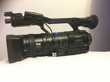 Sony HVR-Z1P HDV 1080i Handycam Video Cam-Low Hours W Panasonic AJ-M700P Mic